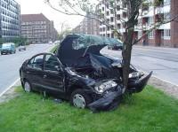 1024px-Car_crash_1