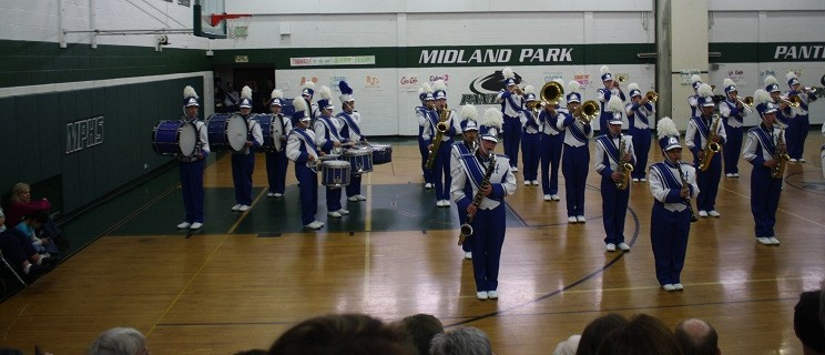 Hawthorne High School Marching Band Wins Competition