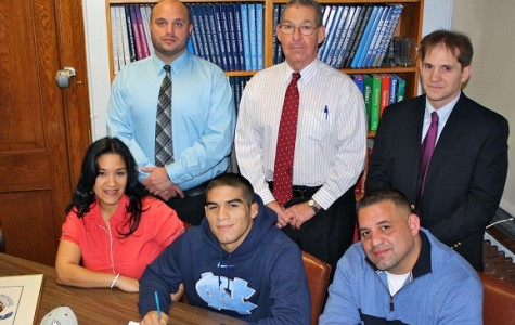 Ethan Ramos Signs with University of North Carolina