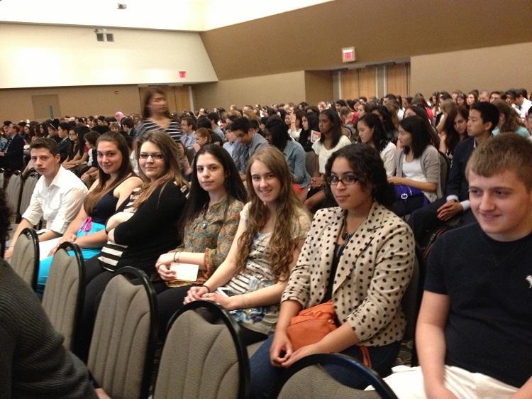 Hawthorne High School Students Recite Poetry