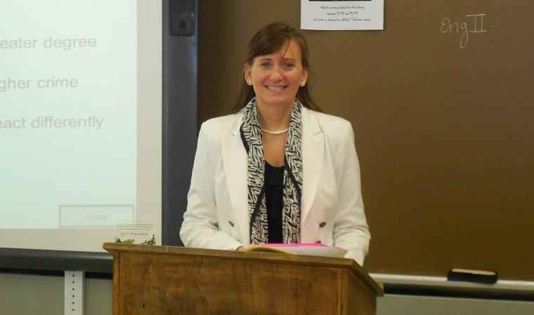 Kelly Hawruk: Lawyer to Teacher
