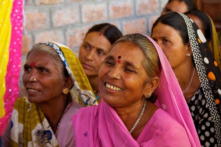 Women in Pink: The Gulabi Gang