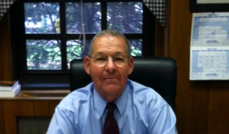 HHS Says Goodbye to Mr. Barry Cohen