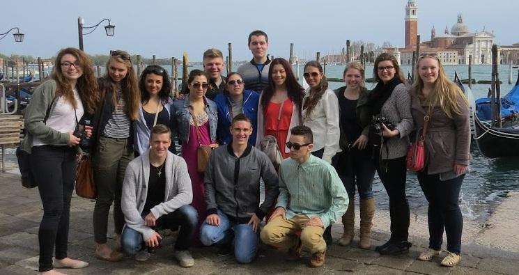 HHS+Students+Tour+Italy
