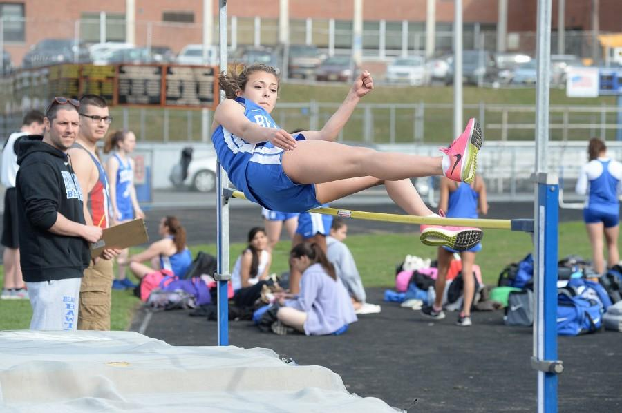 HHS Girls' Track Preview