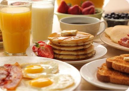 Junior Class Breakfast Smorgasbord