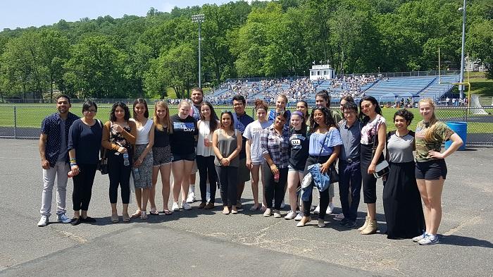 HHS+Future+Teachers+at+HHS