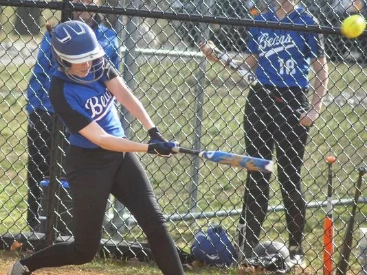 HHS Softball Preview