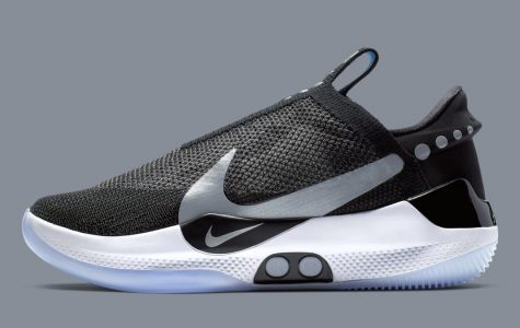 Nike Launches Self Lacing Shoes