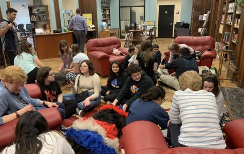 Stress Relief Workshops: Petting Therapy Dogs