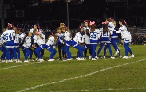 Big Changes Made to the HHS Varsity Cheerleading Halftime Routine