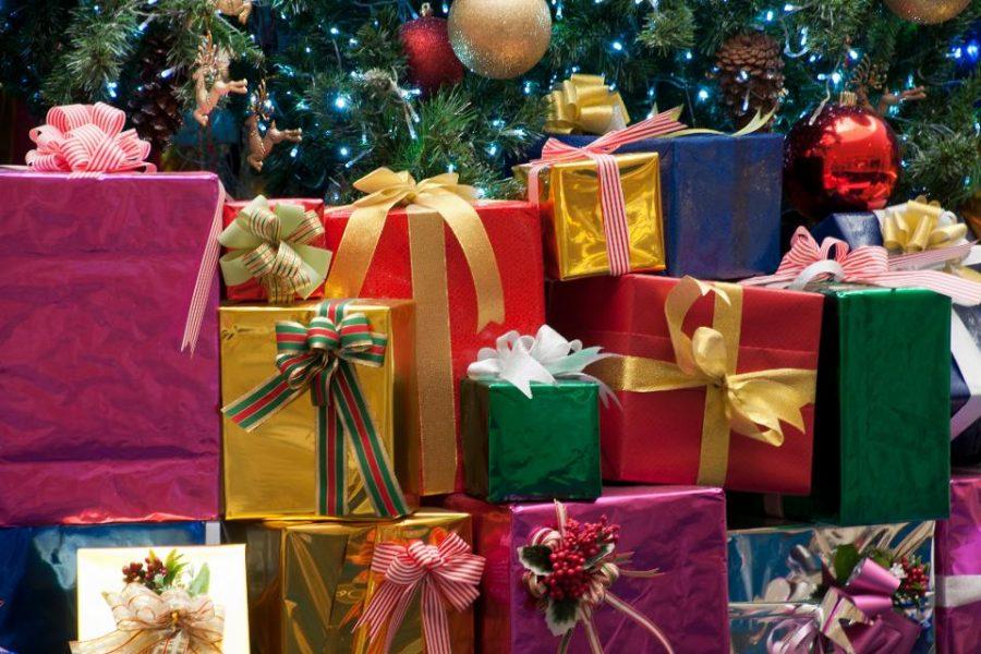 Christmas Gifts for High School Seniors