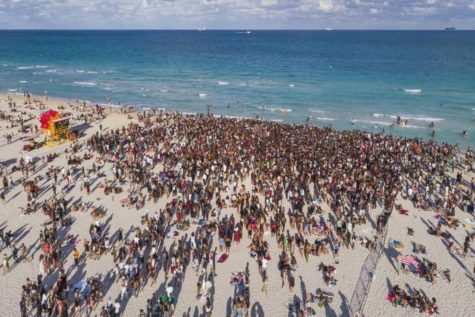 Miami Beach Extends Its Curfew Due To Crowds